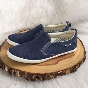 Taos footwear slip on sneakers